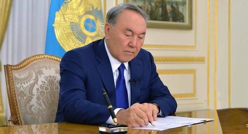 Казахстан даст Киргизии USD 100 млн наприсоединение кЕАЭС