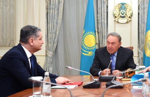 Президент Сооронбай Жээнбеков принял председателя коллегии Евразийской финансовой комиссии (ЕЭК) Тиграна Саркисяна
